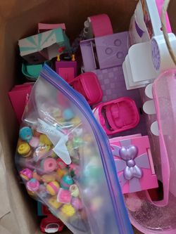 186 Shopkins + Playsets for Sale in Portland,  OR