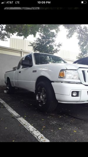 Ford ranger 2006 A/C - AUTOMATIC for Sale in Boca Raton, FL