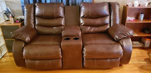 excellent condition reclining sofa for Sale in Oak Forest, IL