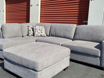 CLEARANCE | COSTCO Maycen Fabric Sectional with Ottoman, Gray 🔥$50 DOWN for Sale in San Diego,  CA