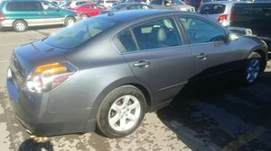 07 nissan altima with push button start for Sale in Columbus, OH