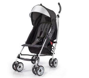 3D lite stroller for Sale in PECK SLIP, NY