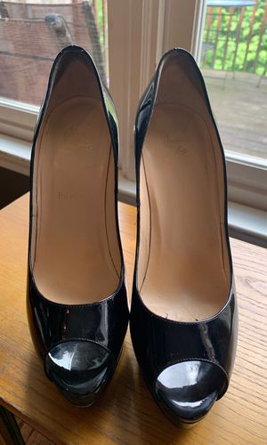 Christian Louboutin Patent Lady Peep heels size 41 1/2. Gently Worn. for Sale in Windsor Hills, CA