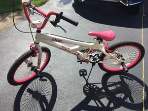 Used girl bike for Sale in Saint Johns, PA