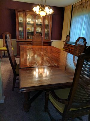Dining room table, chairs and server for Sale in Silver Spring, MD
