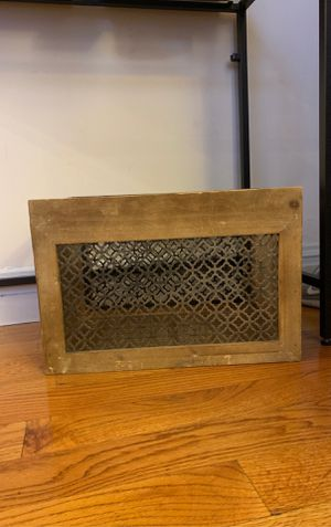 Wood/Metal Crate for Sale in North Bergen, NJ