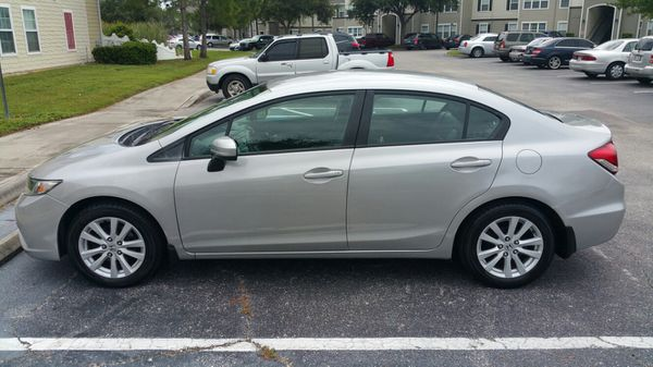 Honda civic 2013 clean title 118k miles excellent conditions, all maintenance in honda dealership