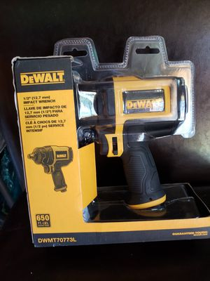 New dewalt 1/2 in. Heavy-Duty Pneumatic Impact Wrench for Sale in Columbus, OH