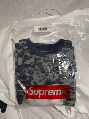 Supreme digi camo pocket tee size Large for Sale in Fresno, CA