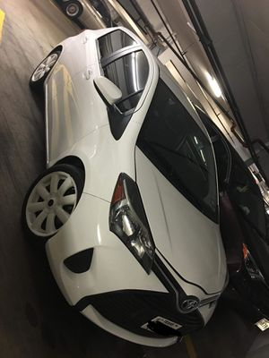 Toyota Yaris 2015 for Sale in Houston, TX