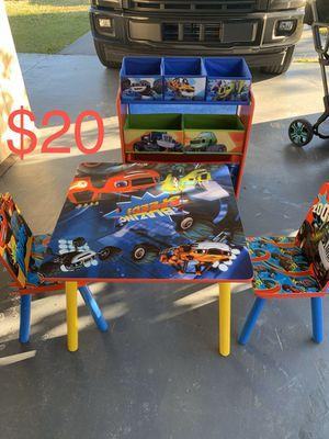 Kids play table w/ toy baskets!! for Sale in Boynton Beach, FL