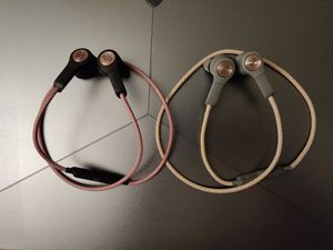 Bang & Olufsen Beoplay H5 Wireless Bluetooth Earbuds - Rose and Gold for Sale in Medford, MA