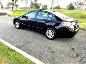 2010 Nissan Altima Hyb. *** Excellent conditions*** for Sale in Fontana, CA