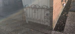 Free fireplace screen for Sale in Beaumont, TX