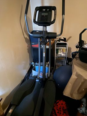 Like new Nordic track elliptical for Sale in Columbus, OH