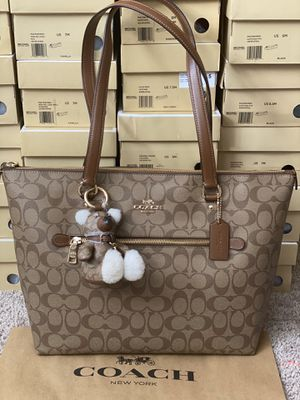 Coach tote with WalletRetail for Sale in Arlington, TX
