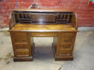Cherrywood office desk for Sale in Riverside, CA