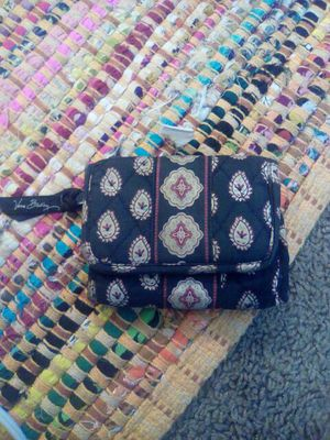 Vera Bradley Trifold Wallet for Sale in Tampa, FL