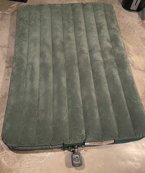 INTEX Full Size Air Mattress with INTEX Pump for Sale in Lawndale, CA