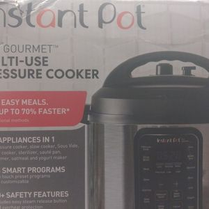 Instant Pot Multi Use Pressure Cooker for Sale in Chatsworth, CA