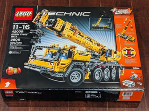 Brand new retired LEGO #42009 motorized mobile crane for Sale in Anaheim, CA