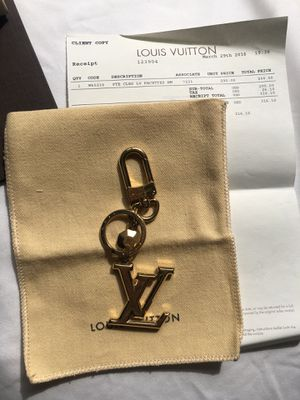 Authentic LV charm and key holder for Sale in Los Angeles, CA