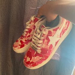Bapesta Low Pink ABC Camo 10.5 for Sale in Knightdale,  NC