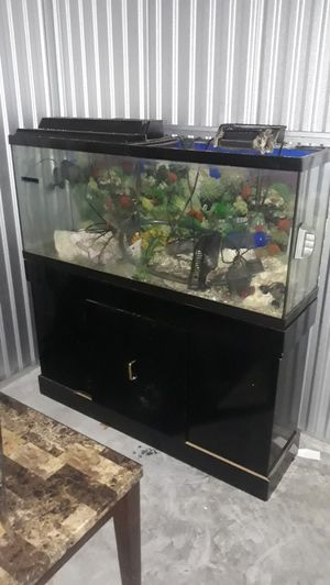 Fish tank 3ft long for Sale in Chicago, IL