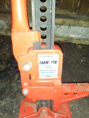 Farm jack house leveler for Sale in Nederland, TX