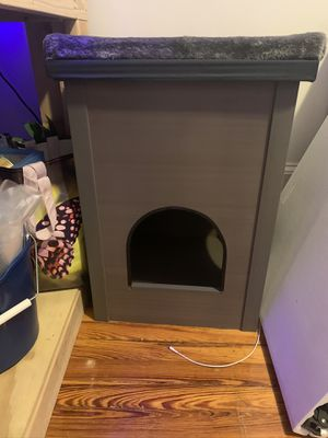 Cat habitat for Sale in New York, NY