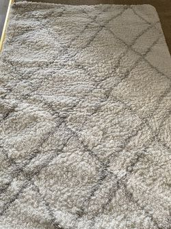 White Rug With Grey Stripes for Sale in North Salt Lake,  UT