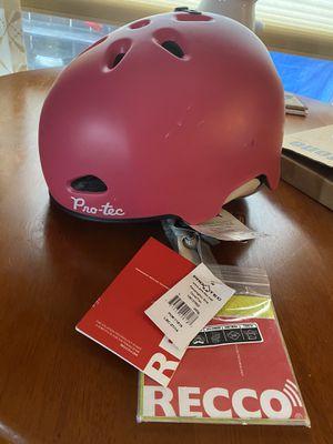 Cute new helmet for Sale in Gresham, OR