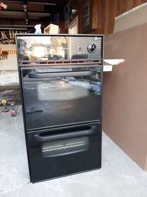 Frigidaire gas wall oven for Sale in Tonawanda, NY