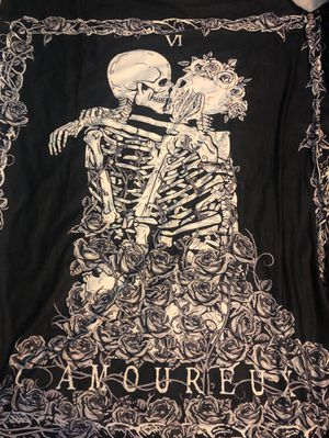 BONES COUPLE TAPESTRY *VERY BIG* for Sale in Los Angeles, CA