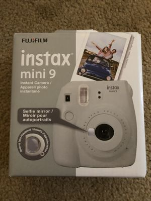 FujiFilm instax mini 9 for Sale in Silver Lake, OH