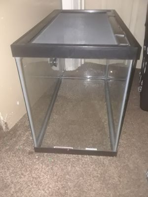 Fish Tank for Sale in Brooklyn Park, MD