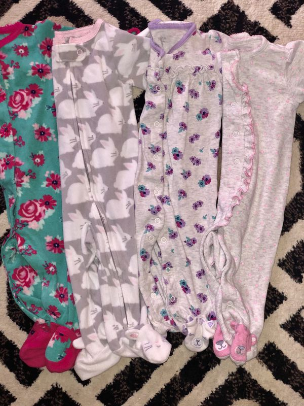 Baby girl 6mo clothing ( can mix and match W/other listings of other sizing as well. 10PIECE LOT