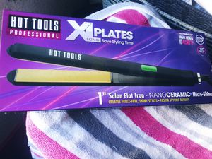 HOT TOOLS hair straightener ( authentic ) NEW ,* GREAT DEAL* for Sale in Modesto, CA