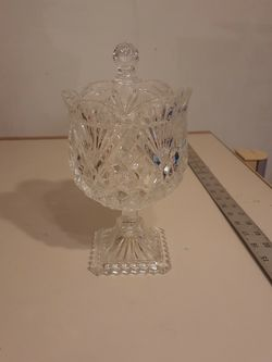 """Godinger SHANNON CRYSTAL VINTAGE 9"""" TALL, NO CHIPS, BEAUTIFUL for Sale in Simpsonville,  SC"""