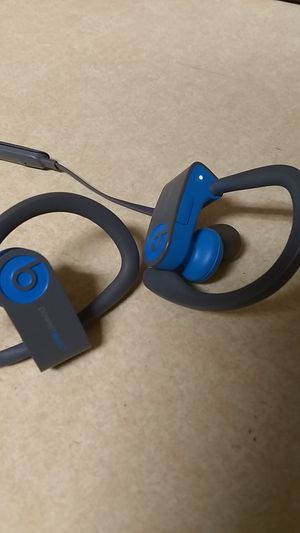 Power Beats 3 wireless headphones for Sale in Phoenix, AZ