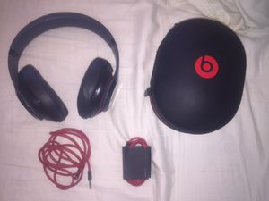 Dr. Dre Studio Beats. WILLING TO TRADE FOR IPHONE for Sale in Phoenix, AZ