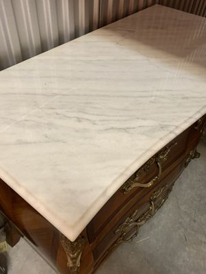 Antique wooden furniture with marble top and brass accents. for Sale in Pembroke Pines, FL
