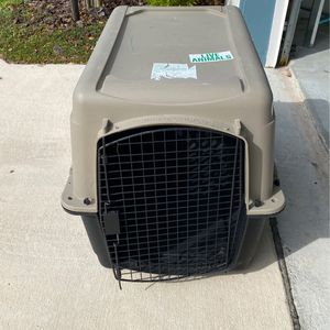 Large Kennel for Sale in Belle Isle, FL