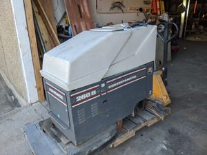 Used Advance Convertamatic 260B Floor Scrubber for Sale in Fort Worth, TX