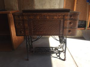 Antique Sewing Machine for Sale in Lakewood, CO