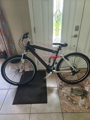 54cm mountain bike for Sale in Orlando, FL