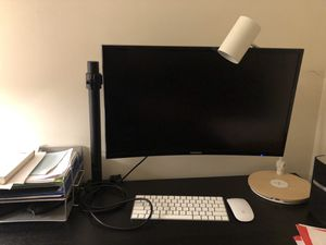 Samsung Curved 4k Monitor for Sale in Arlington, VA