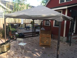 10x12 ft Patio Gazebo for Sale in Orlando, FL