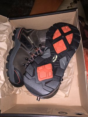 BRAND NEW!! SIZE 7 Women Steeltoe Red Wing Work Boots for Sale in Chesapeake, VA