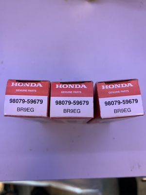 NGK Honda Spark plugs BR9EG New 3 plugs for Sale in Kent, WA